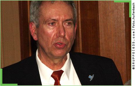 <b>Emanuel Schiffer</b>, Vorsitzender der Gruppengeschäftsführung von Eurogate <b>...</b> - KLUTHaxel260209